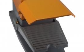 Pedaleira LLJFS13 Corpo Met�lico com Capa Protetora Superior com 1 Contato Revers�vel